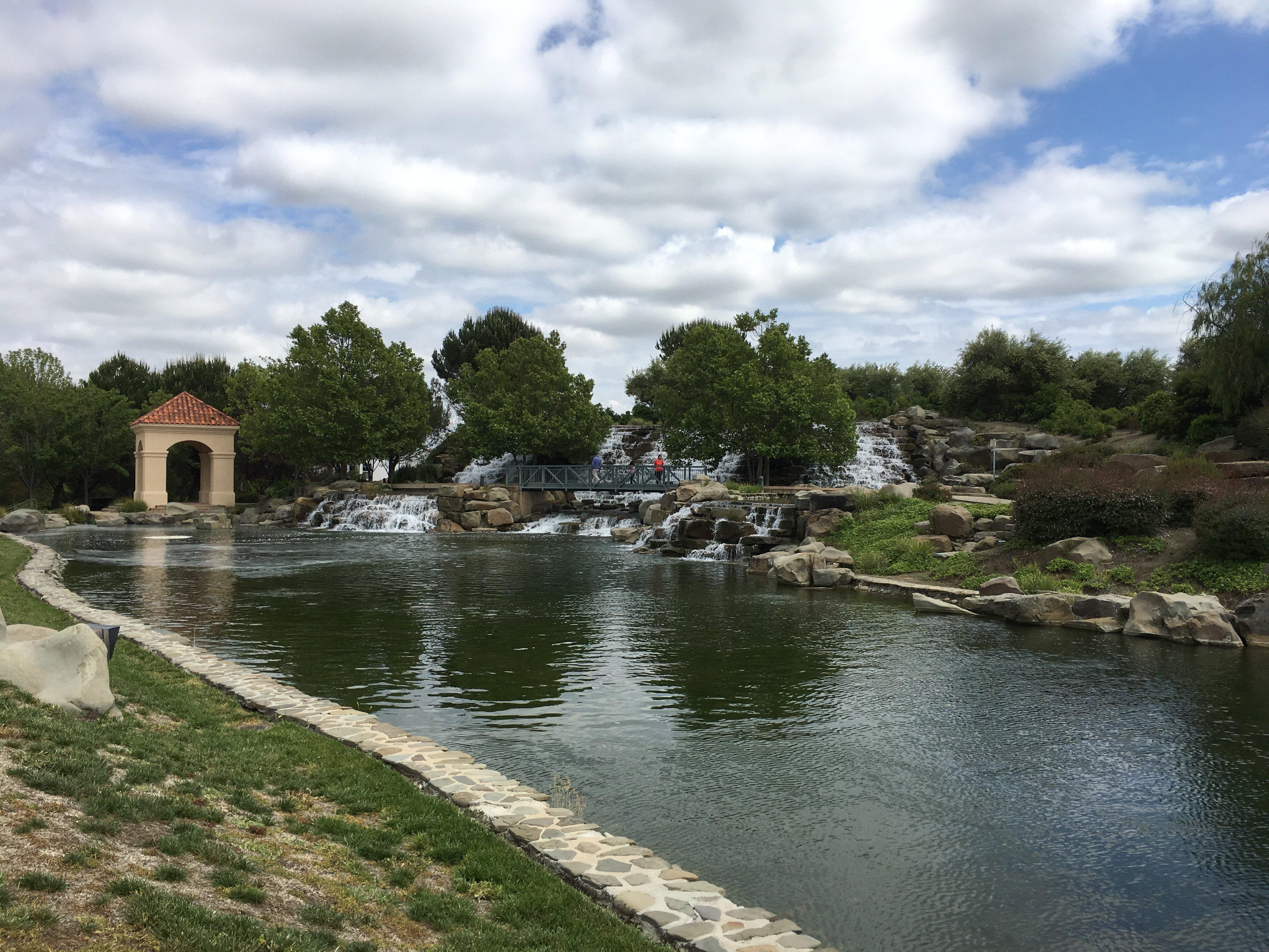 San_Ramon_Waterfall_Park_1_2016-05-15